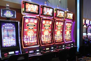 Take a spin for jackpot in the multiplayer slots sites